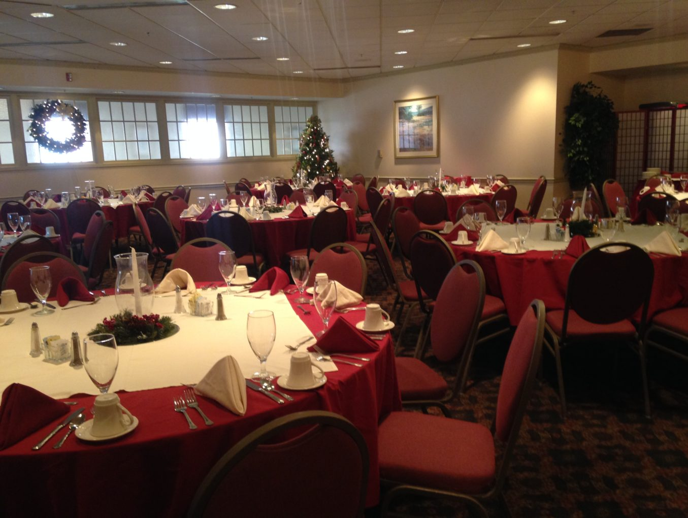 Book your Holiday Party and get a Free Room Rental